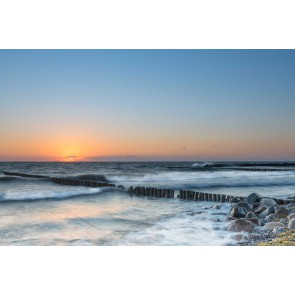 Fotomural madera en el mar